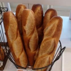ふらんす館のパン(フランスパン)
